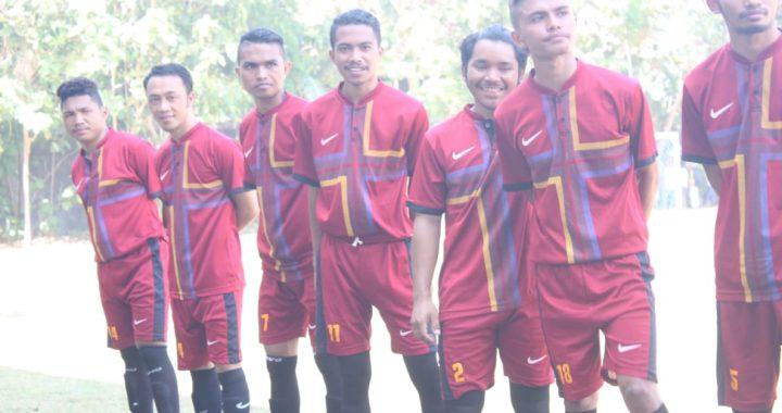Tim Congkar yang Tampil Beda di Turnamen Sepak Bola Manggarai Surabaya